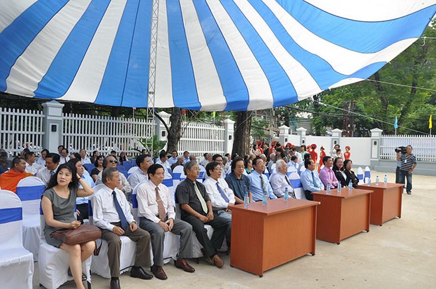 lễ thượng cờ và khánh thành hội văn học nghệ thuật tp.hcm
